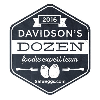 Davidsons-Dozen-Blogger-Badge